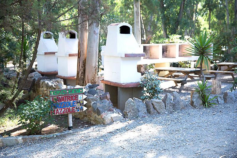 Area barbecue campeggio