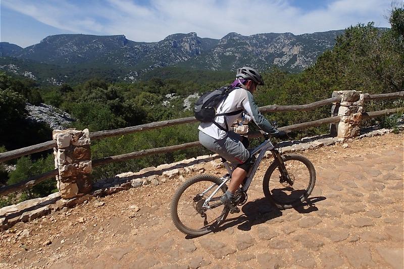 escursioni-mountainbike-sardegna
