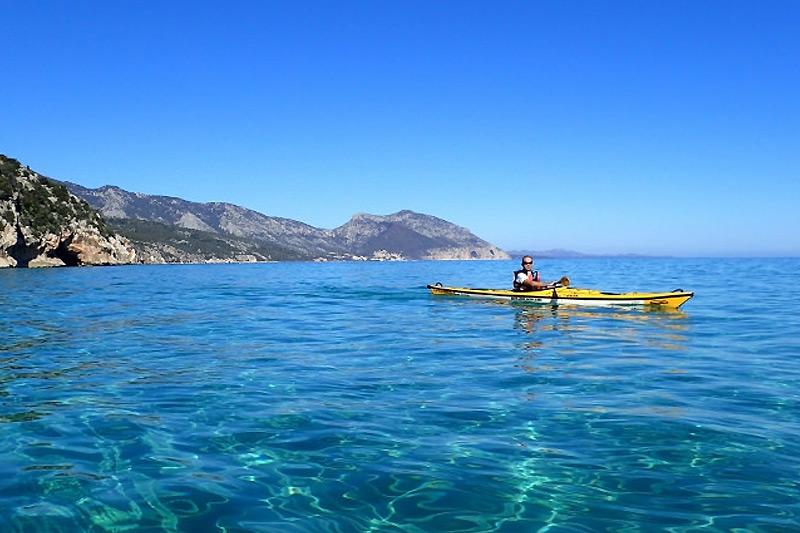 Kayak excursions in Sardinia