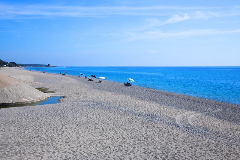 campeggio vicino alla spiaggia in sardegna a planargia